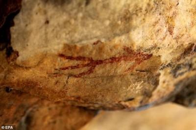 کشف غارنگارههای ۵ هزارساله در اسپانیا | عکس