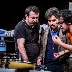 گزارش تصویری تیوال از نمایش سراشیبی در یک اتاق چهارنفره / عکاس:سارا ثقفی   عکس
