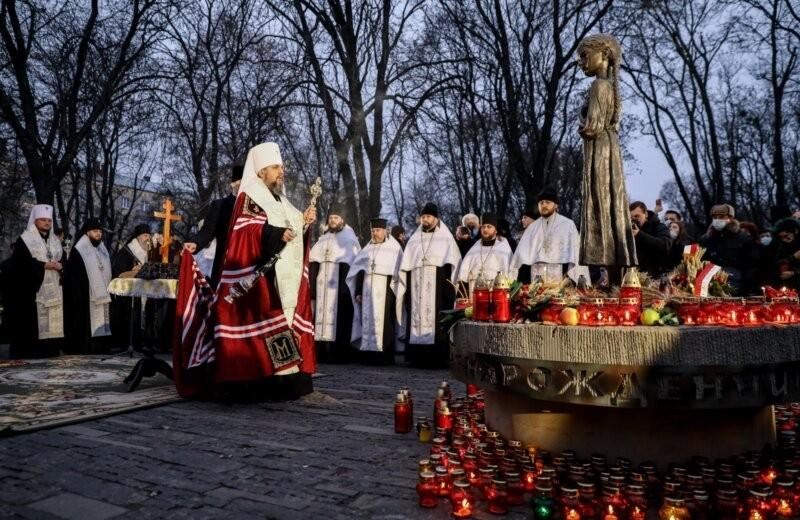 kyivpost: 'Holodomor' on stage | عکس