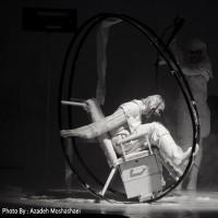 نمایش ملکه زیبایی لینین | گزارش تصویری تیوال از نمایش ملکهی زیبای لینین / آزاده مشعشعی | عکس