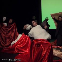 نمایش دیوان غربی-شرقی | عکس