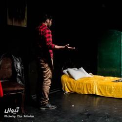 نمایش اتاق ورونیکا | عکس