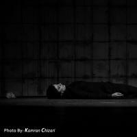 نمایش برنارد مرده است   عکس
