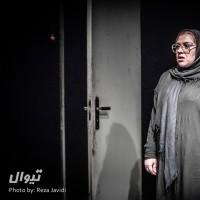 گزارش تصویری تیوال از نمایش باد می وزد / عکاس: رضا جاویدی   عکس