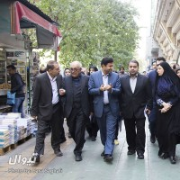 گزارش تصویری تیوال از بازدید اعضای شورای شهر از راسته فرهنگی خیابان انقلاب (سری نخست) / عکاس: سارا ثقفی | عکس