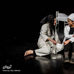 نمایش پیکر زن همچون میدان نبرد | عکس