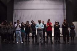 نمایش در بارانداز | استقبال پر شور تماشاگران در روز آغازین نمایش